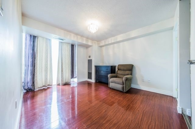 Condo Apartment at 3077 Weston Rd, Unit 203, Toronto, Ontario. Image 4