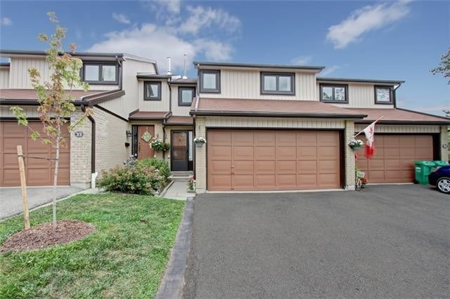 Condo Townhouse at 3510 South Millway, Unit 32, Mississauga, Ontario. Image 1