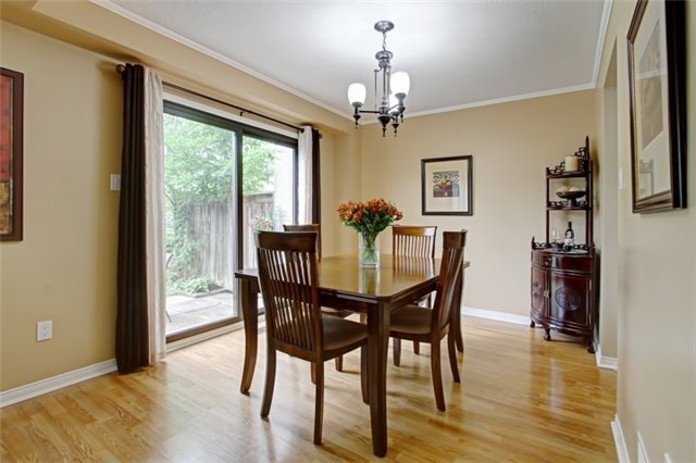 Condo Townhouse at 3510 South Millway, Unit 32, Mississauga, Ontario. Image 14