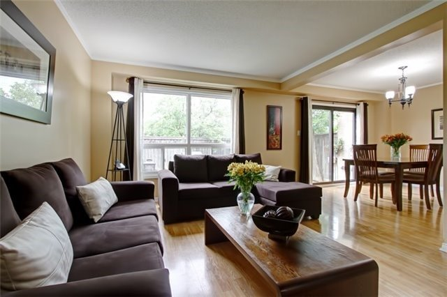 Condo Townhouse at 3510 South Millway, Unit 32, Mississauga, Ontario. Image 16