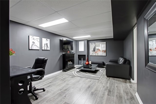 Condo Townhouse at 3510 South Millway, Unit 32, Mississauga, Ontario. Image 7