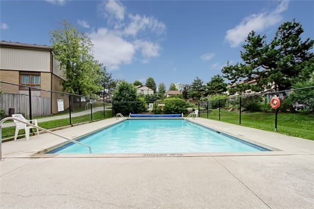 Condo Townhouse at 3510 South Millway, Unit 32, Mississauga, Ontario. Image 11