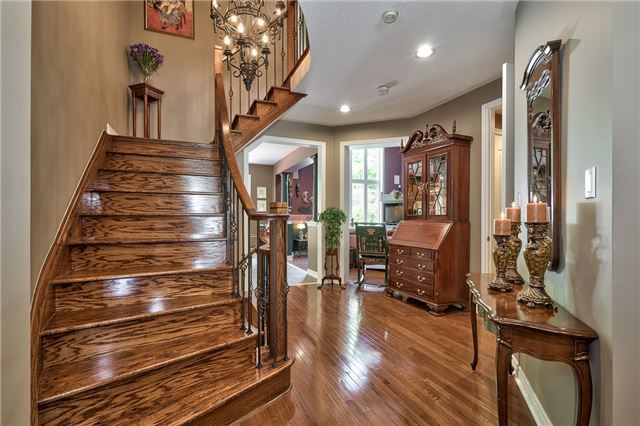 Detached at 161 Creek Path Ave, Oakville, Ontario. Image 14