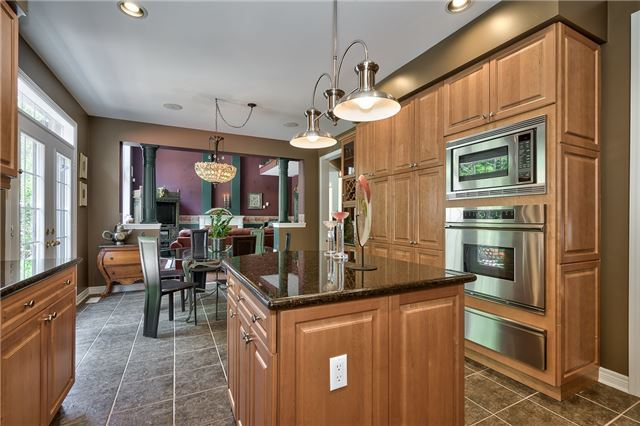 Detached at 161 Creek Path Ave, Oakville, Ontario. Image 18