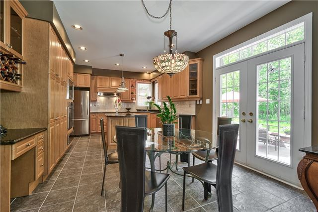 Detached at 161 Creek Path Ave, Oakville, Ontario. Image 19