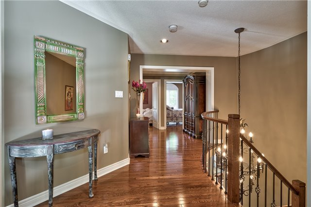 Detached at 161 Creek Path Ave, Oakville, Ontario. Image 3
