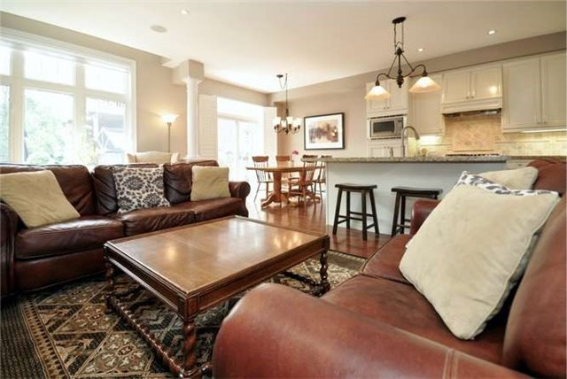 Townhouse at 976 Toscana Pl, Mississauga, Ontario. Image 18