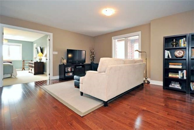 Townhouse at 976 Toscana Pl, Mississauga, Ontario. Image 3