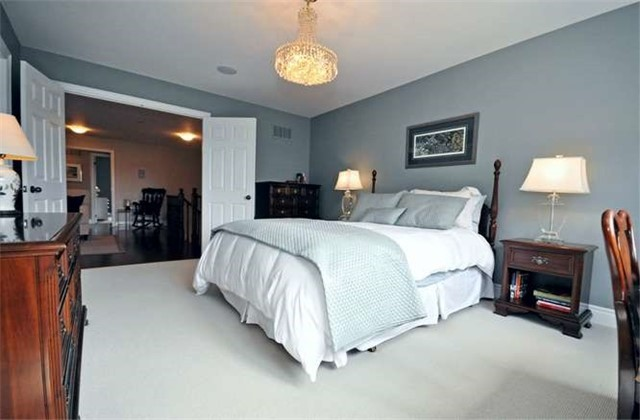 Townhouse at 976 Toscana Pl, Mississauga, Ontario. Image 4