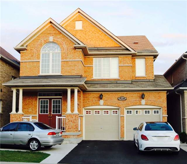 Detached at 29 Bliss St, Brampton, Ontario. Image 1