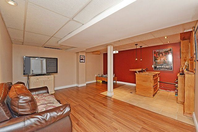 Townhouse at 3414 Nighthawk Tr, Mississauga, Ontario. Image 6
