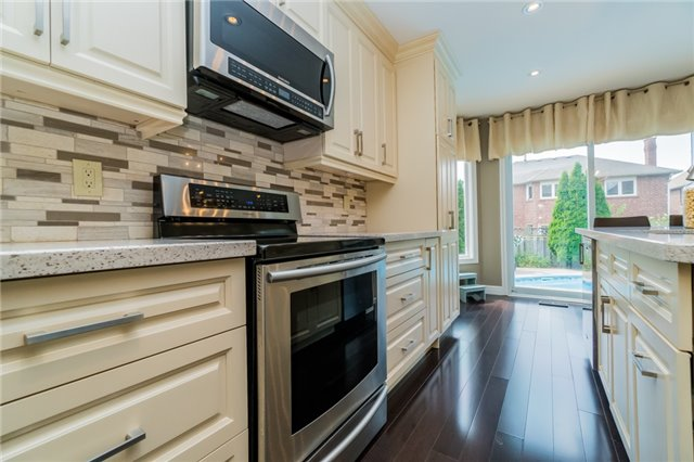 Detached at 6288 Culmore Cres, Mississauga, Ontario. Image 17