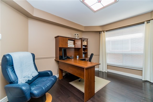 Detached at 6288 Culmore Cres, Mississauga, Ontario. Image 20