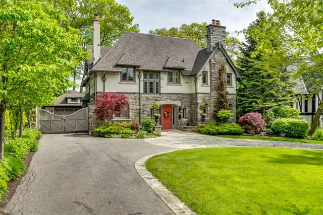 Detached at 9 The Kingsway, Toronto, Ontario. Image 1