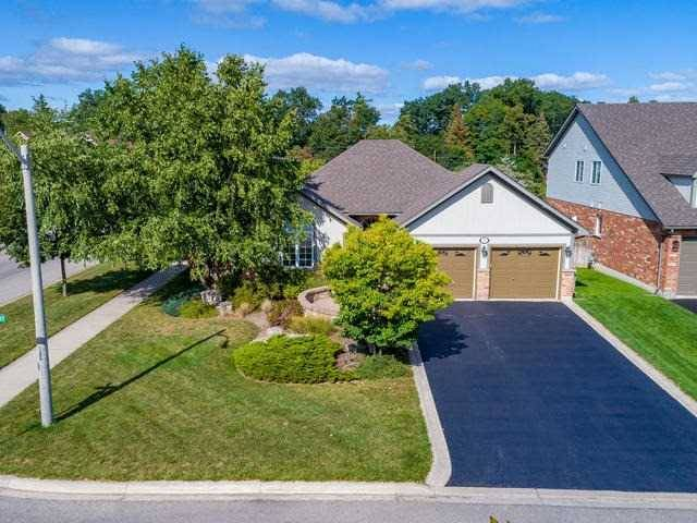 Detached at 1 Costigan Crt, Halton Hills, Ontario. Image 1