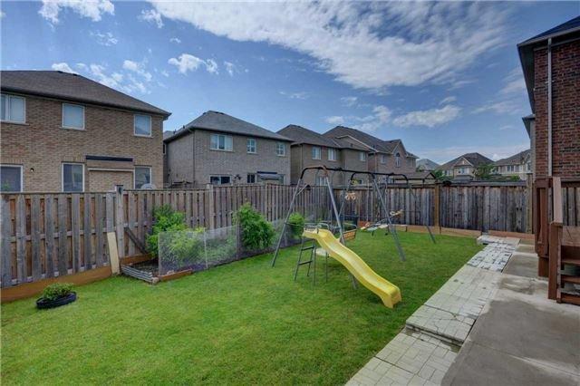 Detached at 232 Thorndale Rd, Brampton, Ontario. Image 13