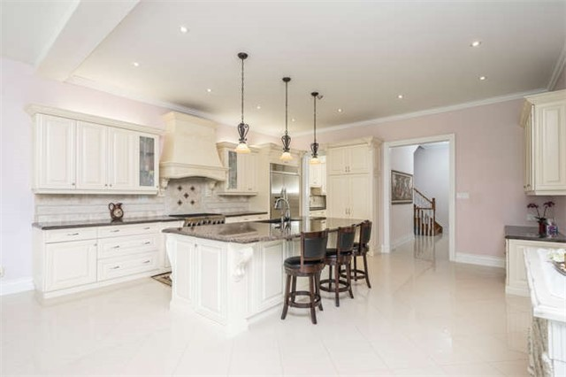 Detached at 10 Peace Crt, Caledon, Ontario. Image 20