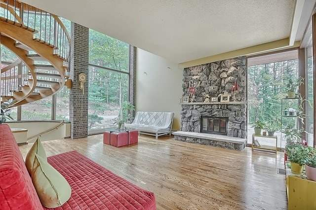 Detached at 8226 Old Church Rd, Caledon, Ontario. Image 14
