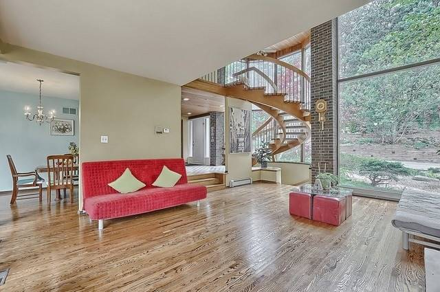 Detached at 8226 Old Church Rd, Caledon, Ontario. Image 15
