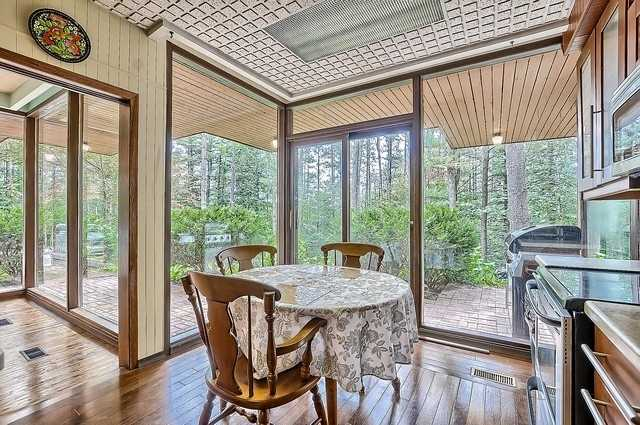 Detached at 8226 Old Church Rd, Caledon, Ontario. Image 18