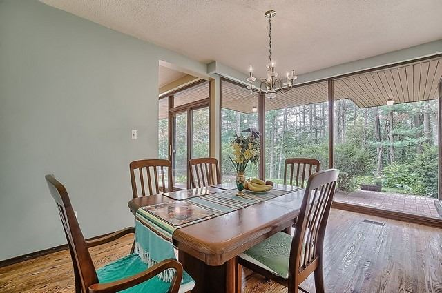 Detached at 8226 Old Church Rd, Caledon, Ontario. Image 3