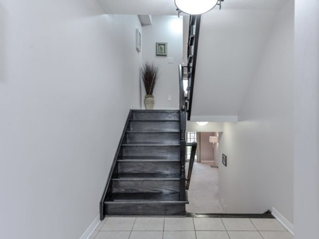 Townhouse at 2470 Adamvale Cres, Oakville, Ontario. Image 14