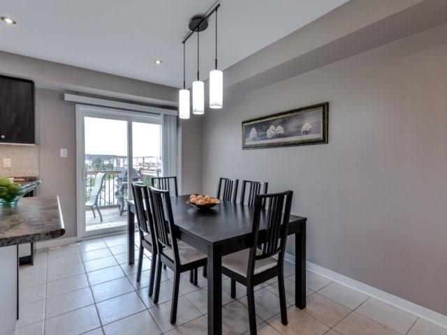 Townhouse at 2470 Adamvale Cres, Oakville, Ontario. Image 16