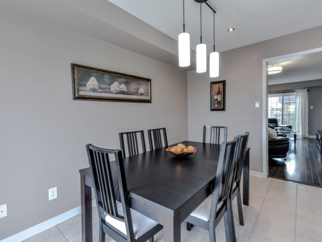 Townhouse at 2470 Adamvale Cres, Oakville, Ontario. Image 17