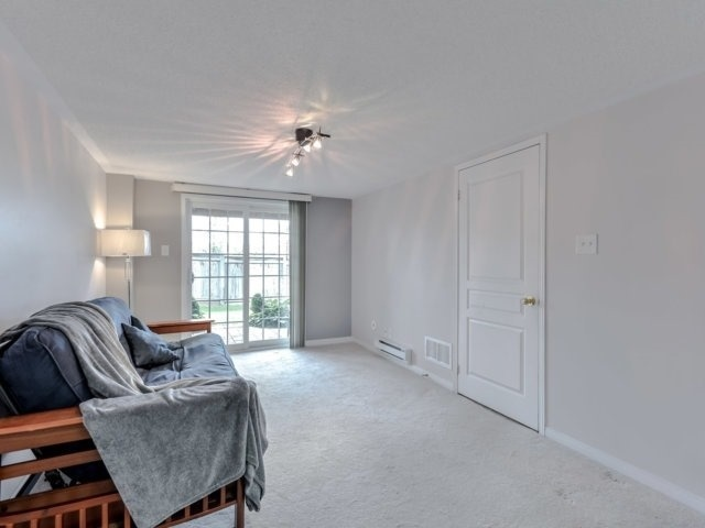 Townhouse at 2470 Adamvale Cres, Oakville, Ontario. Image 8