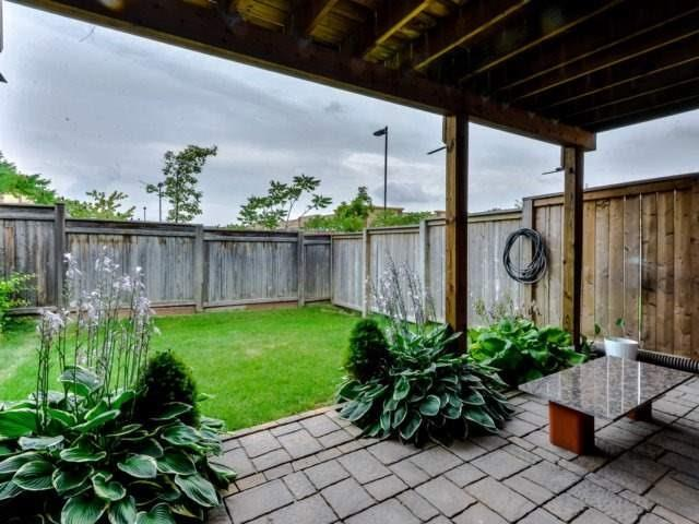 Townhouse at 2470 Adamvale Cres, Oakville, Ontario. Image 13