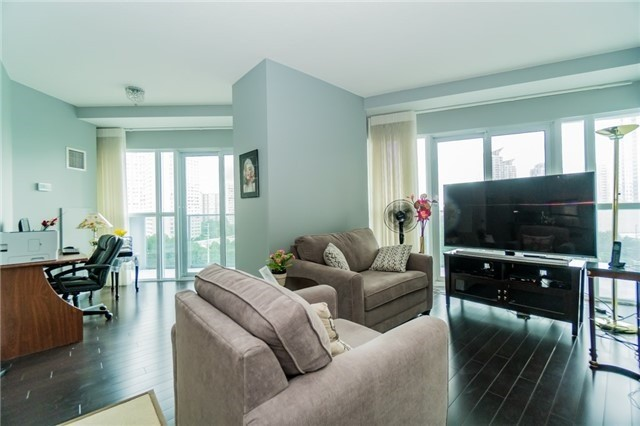 Condo Apartment at 60 Absolute Ave, Unit 602, Mississauga, Ontario. Image 12