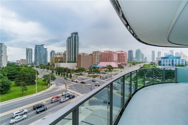 Condo Apartment at 60 Absolute Ave, Unit 602, Mississauga, Ontario. Image 9