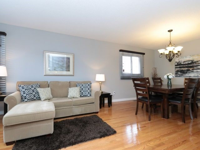Detached at 3592 Nutcracker Dr, Mississauga, Ontario. Image 14