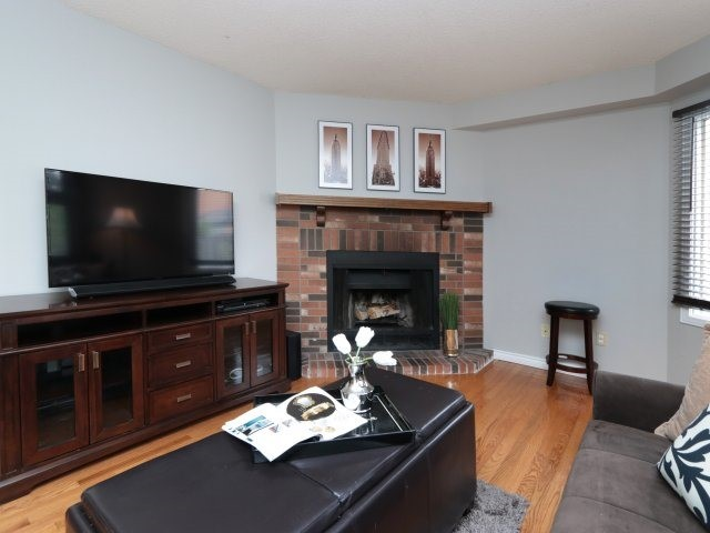 Detached at 3592 Nutcracker Dr, Mississauga, Ontario. Image 16