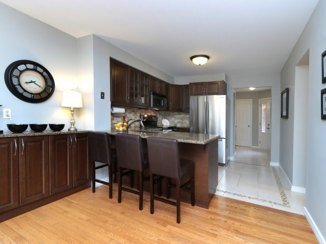 Detached at 3592 Nutcracker Dr, Mississauga, Ontario. Image 19