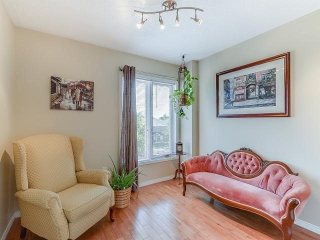 Condo Townhouse at 1206 Upper Village Dr, Mississauga, Ontario. Image 4
