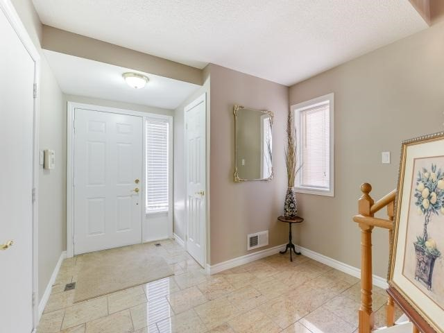 Condo Townhouse at 1206 Upper Village Dr, Mississauga, Ontario. Image 6