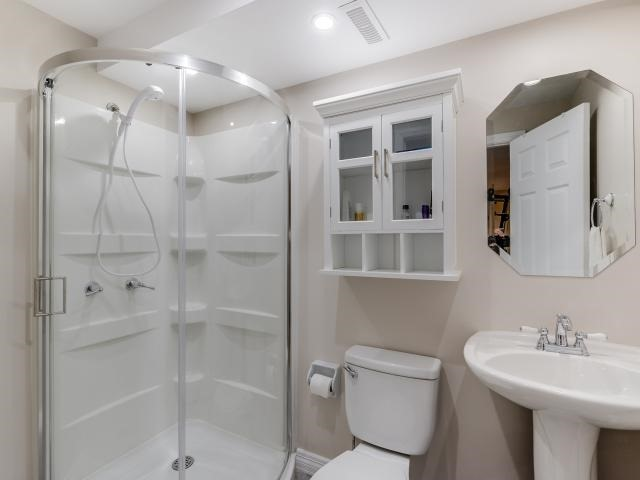 Condo Townhouse at 1206 Upper Village Dr, Mississauga, Ontario. Image 10
