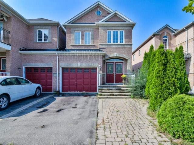 Link at 3355 Equestrian Cres, Mississauga, Ontario. Image 1