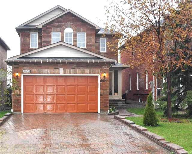 Detached at 5858 Sidmouth St, Mississauga, Ontario. Image 1