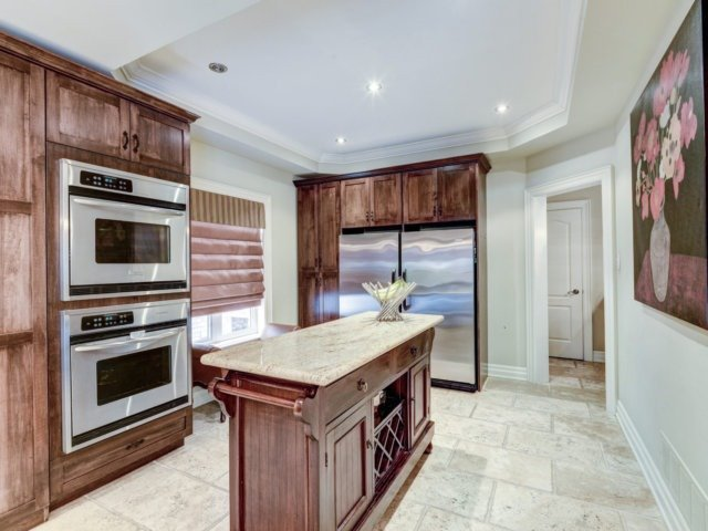 Detached at 36 Strawberry Hill Crt, Caledon, Ontario. Image 20
