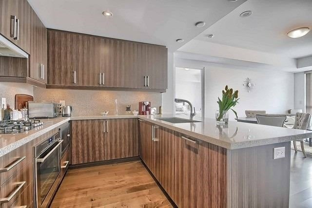 Condo Apartment at 3500 Lakeshore Rd W, Unit 221, Oakville, Ontario. Image 15