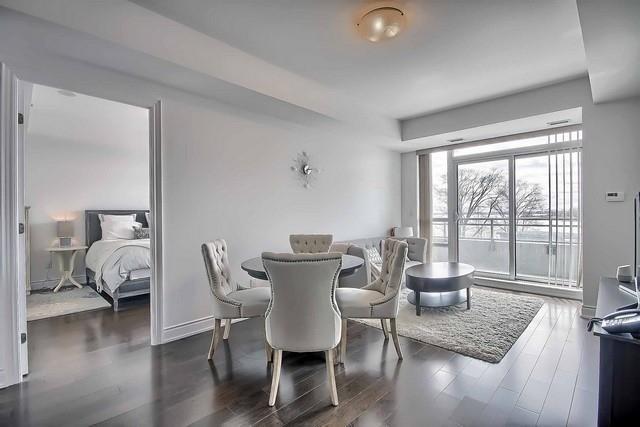 Condo Apartment at 3500 Lakeshore Rd W, Unit 221, Oakville, Ontario. Image 16