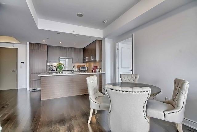 Condo Apartment at 3500 Lakeshore Rd W, Unit 221, Oakville, Ontario. Image 17