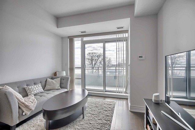 Condo Apartment at 3500 Lakeshore Rd W, Unit 221, Oakville, Ontario. Image 18