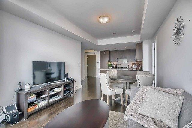 Condo Apartment at 3500 Lakeshore Rd W, Unit 221, Oakville, Ontario. Image 19
