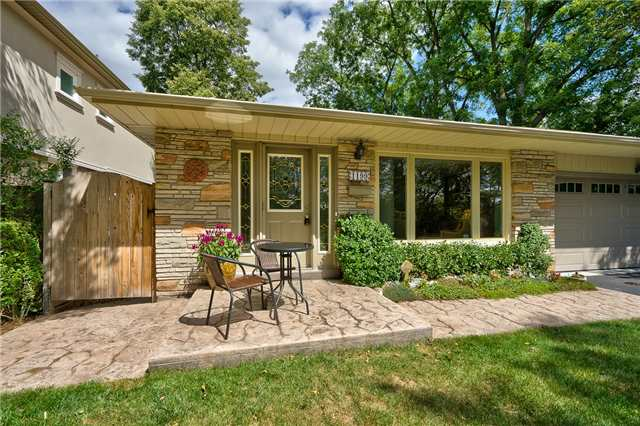 Detached at 1199 Oxford Ave, Oakville, Ontario. Image 12