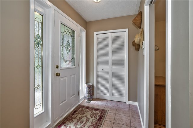 Detached at 1199 Oxford Ave, Oakville, Ontario. Image 14