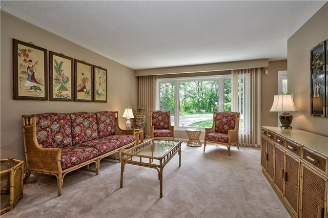 Detached at 1199 Oxford Ave, Oakville, Ontario. Image 15