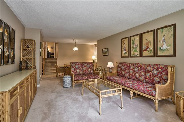 Detached at 1199 Oxford Ave, Oakville, Ontario. Image 16